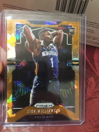 zion-williamson-2019-20-panini-prizm-orange-cracked-ice-rookie-card